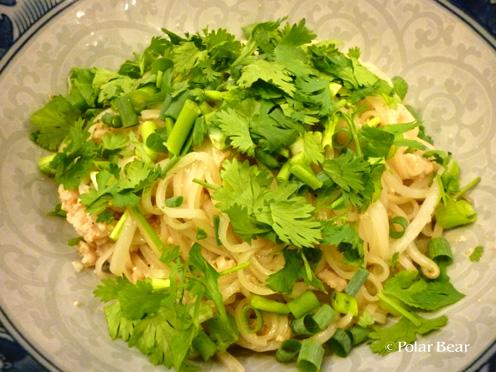 タイ料理の汁無し麺